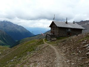Sektionstour 2018 in die Stubaier Alpen, Österreich @ Dresdner Hütte (2.308 m)